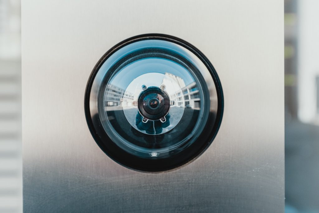 Top 5 Advantages of a Business Video Surveillance System